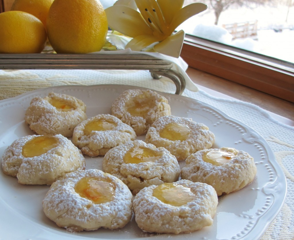 Lemon Thumbprint Cookies with Lemon Marmalade Filling