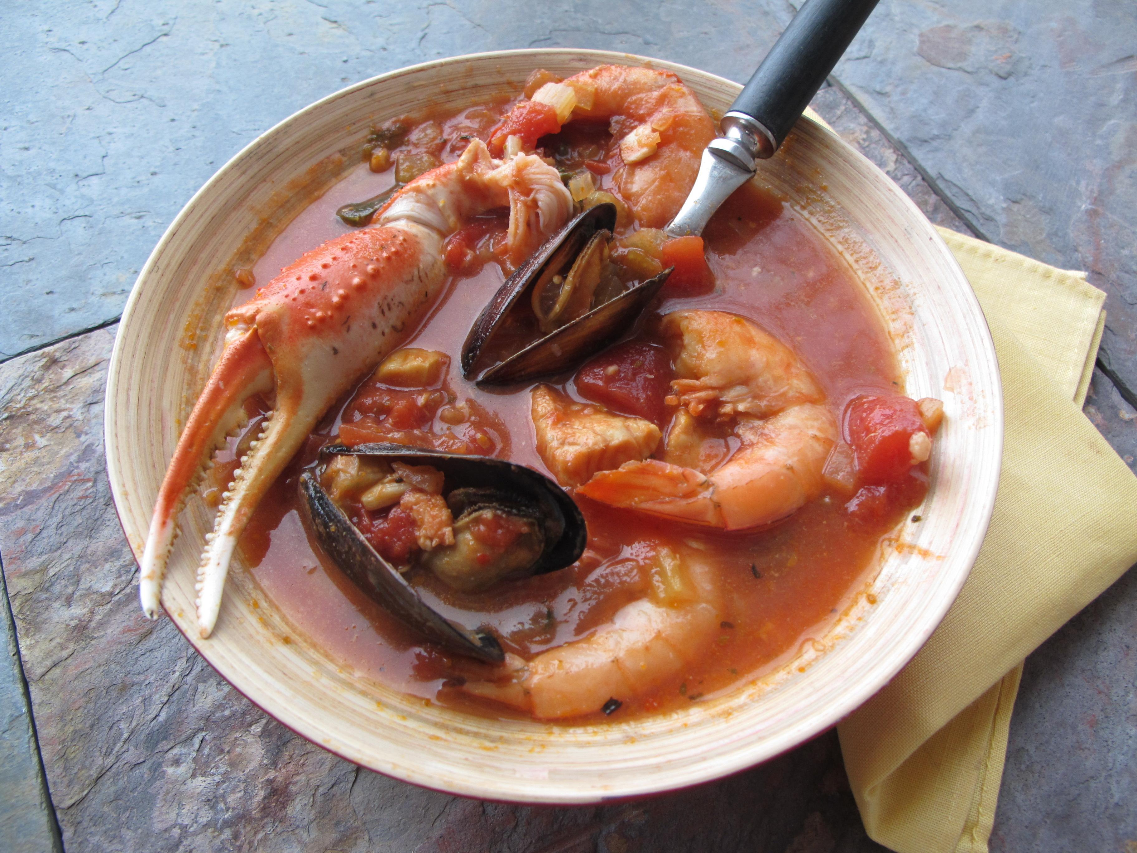 Cioppino vs. Bouillabaisse vs. Seafood Chowder: Recipe Comparisons