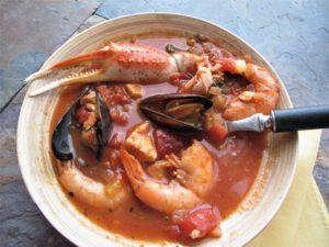 Ciopinno vs bouillabaisse vs fish chowder with recipes for each