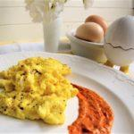 Scrambled eggs with a side of low carb Romesco sauce as a good protein source